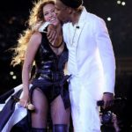 Beyonce and Jay Z 'PDA In Love' On Stage