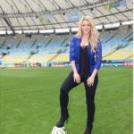 Shakira hits Maracana Stadium hours away from the Finals