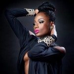 Magical EFYA didn't just rock her 'gingams'; she gave them goose bumps @ the GIRL TALK Concert
