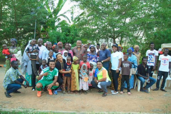 big-church-foundation-entertainers-charity-football-match-18-600x400