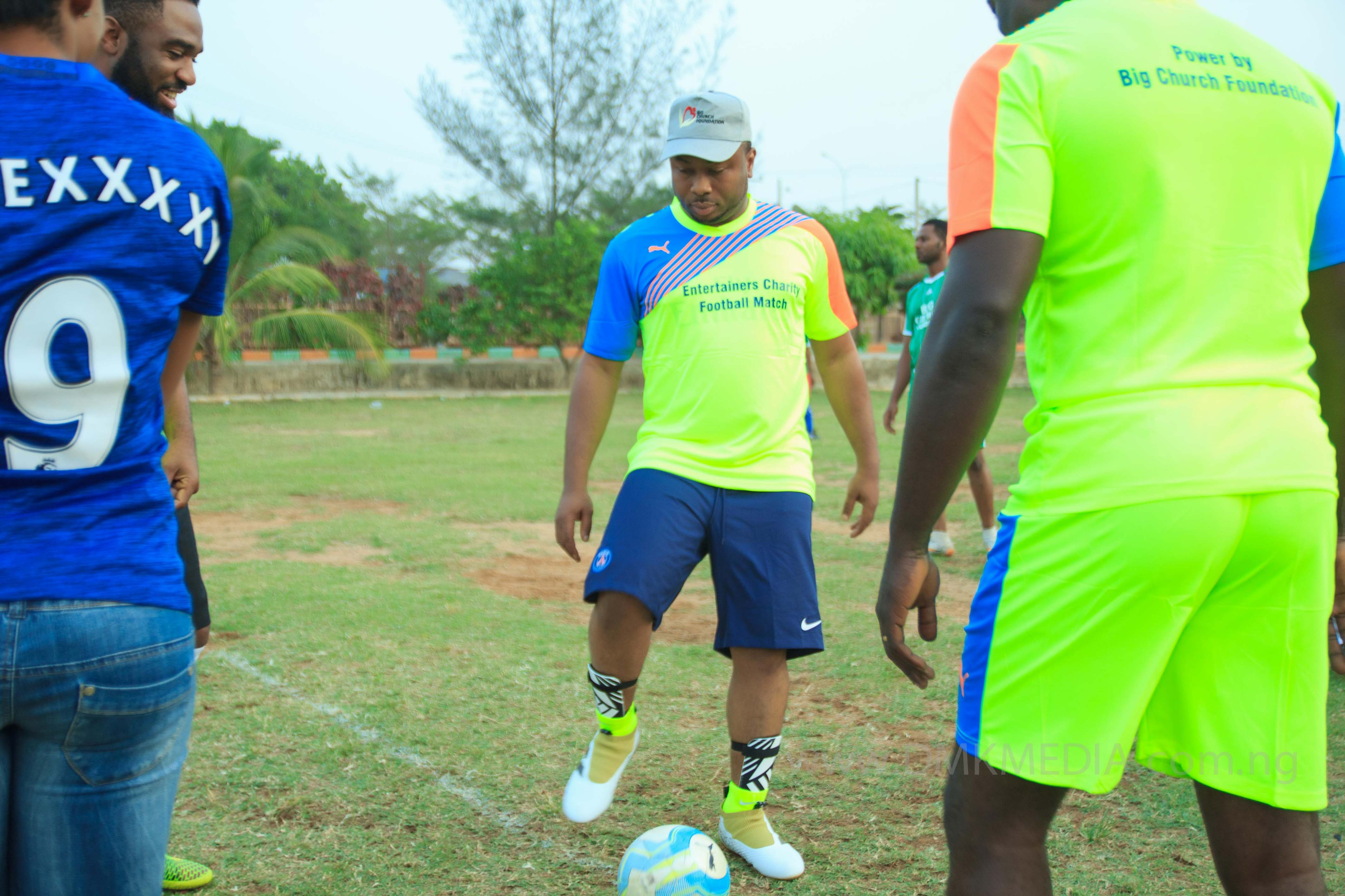 big-church-foundation-entertainers-charity-football-match-19