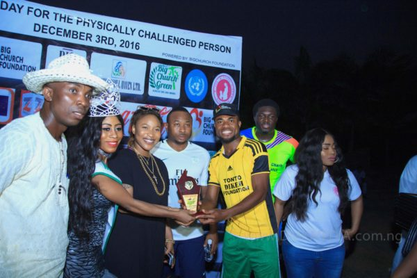 big-church-foundation-entertainers-charity-football-match-24-600x400