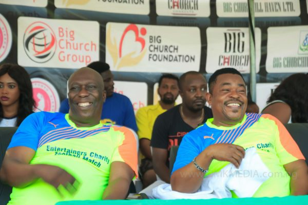 big-church-foundation-entertainers-charity-football-match-5-600x400